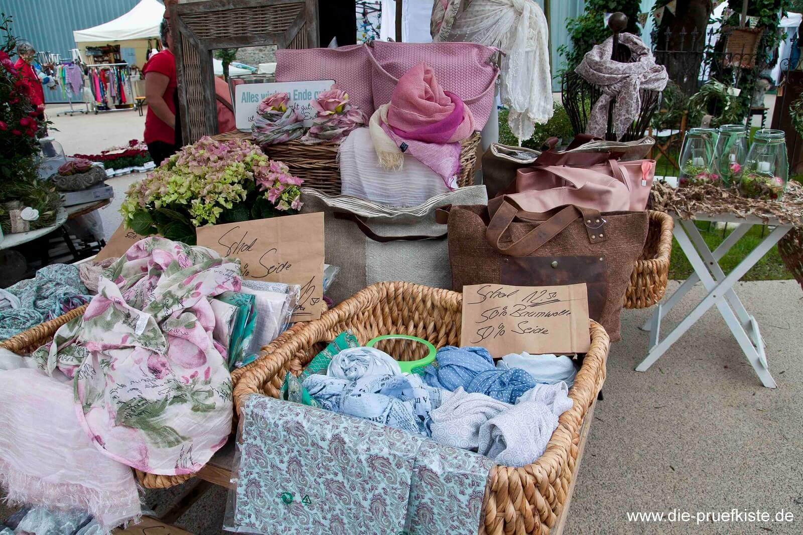 Rosenmarkt_Textilien
